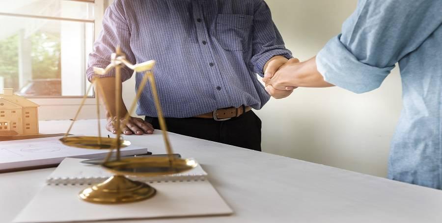Vivendo em Condomínio - Caso 13 - A importância do jurídico realizar a cobrança das cotas condominiais em atraso.